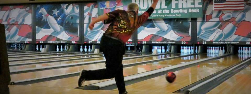 Where learn professional amateur bowling tournaments